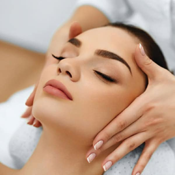 Signature Relaxing Facial Edm Beauty